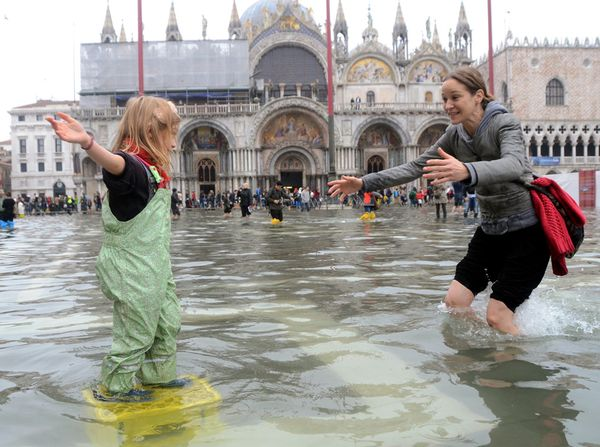 Venice Flooded Once Again Cyber Gazing