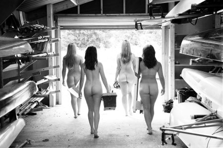 Warwick U. Female Rowing Naked Calender