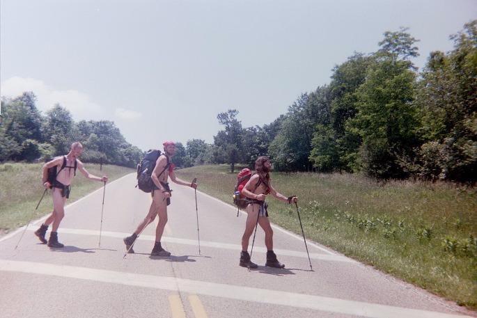 Naked hiking day — photo 8