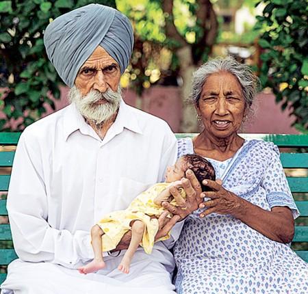 proud-parents-daljinder-and-husband-mohinder1