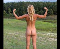 naked girl3