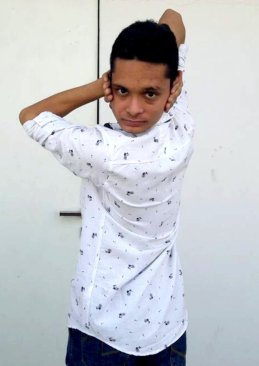 Pic by Caters News - (Pictured: Yash Shah, 19, from Surat in the western Indian state of Gujarat contorts himself into bizzare shapes.) -An Indian teenager has stunned locals with his extremely flexible body that allows him to rotate his shoulders at 360 degrees and neck by 180 degrees. Yash Shah, 19, from Surat in the western Indian state of Gujarat has an extremely flexible body. He can rotate his torso by 180 degrees, hands and legs by 360 degrees and can also squeeze his body through a tennis racket. SEE CATERS COPY.